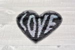 "Love ""Wendepailletten-Patches"""